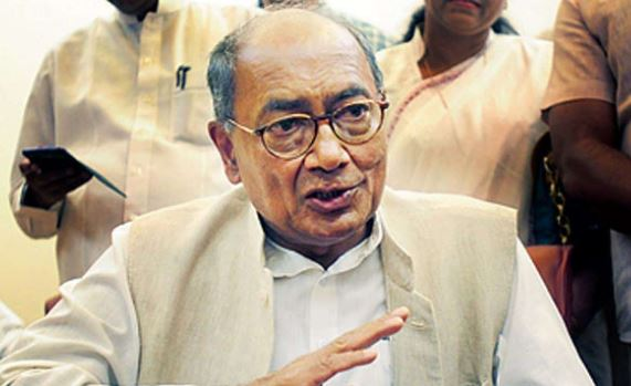 Digvijay-gets-notice-of-violation-of-code-of-conduct-in-case-of-distribution-of-notes-in-sehore