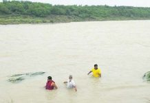 youth-fall-in-nevaj-rever-in-rajgadh-rescue-continue-