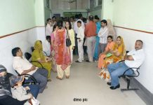 doctors-did-not-reach-hospital-timely-in-madhy-pradesh