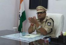 SP-announces-relief-order-for-police-Instead-of-a-hat-white-clothes-can-be-clamped-in-summer