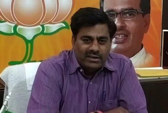 bjp-mla-rameshwar-sharma-attack-on-congress-manifesto-