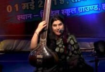 classical-singer-divya-sharma-sings-the-song-and-awake-to-vote