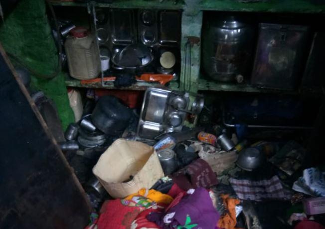 fire-in-slum-in-bhopal-a-dozen-burnt