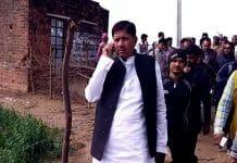 ex-mla-an-angry-on-the-power-staff-bhind-madhypradesh