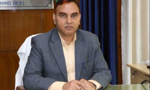 revenue-inspector-made-nayab-tehsildar-against-rules-in-bhind-