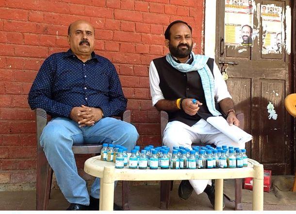 jabalpur-pepople-drinking-infected-water-