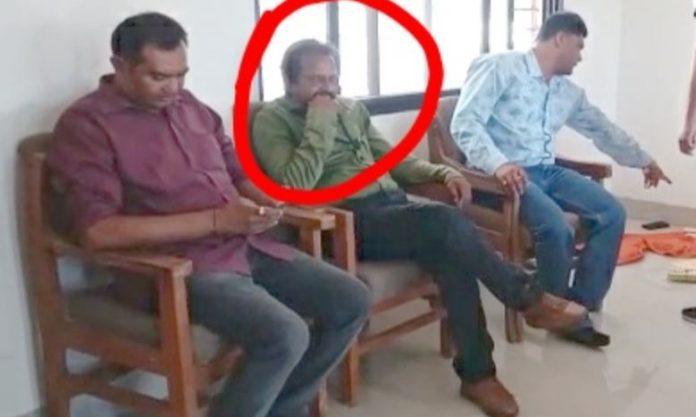 sdm-reader-arrest-taken-bribe-in-burhanpur-by-indore-lokayukt-