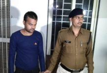 Boy-claiming-EVM-hacking-arrested-in-gwalior