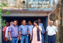 collector-visit-community-health-center-in-ashoknagar-