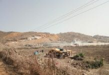 People-in-panic-by-blasting-stones-in-sihora-jabalpur
