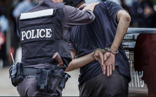 Half-a-dozen-criminals-arrested-for-planning-robbery