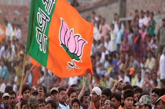 BJP-leaders-announcing-for-not-fighting-lok-sabha-election