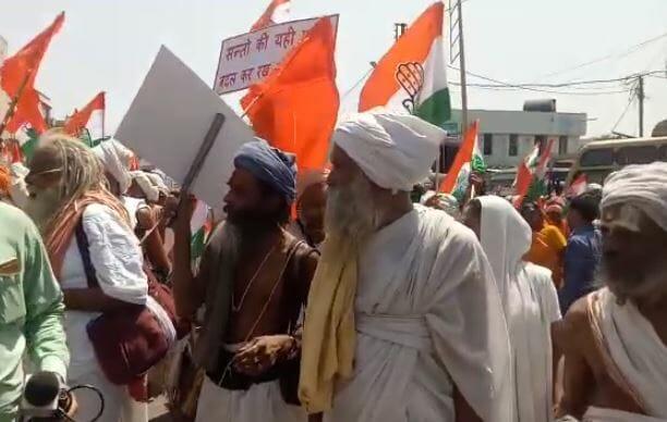 har-har-modi-slogan-of-digvijay-singh-roadshow-in-bhopal-madhypradesh