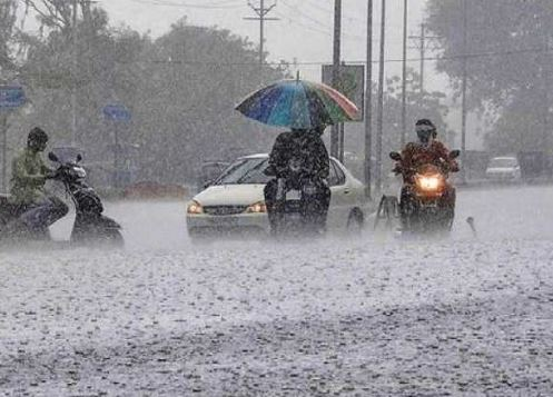 Heavy-rainfall-warning-in-ten-states-of-country-