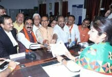 violation-of-Code-of-Conduct-in-jabalpur-Notice-to-rakesh-singh-and-FIR-on-BJP-leaders-