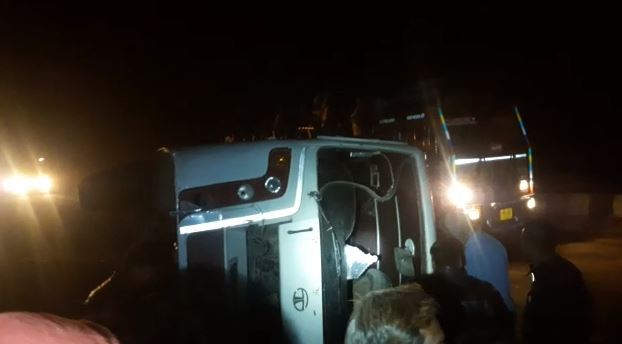 bus-accident-of-farmers-returning-from-Rahul-Gandhi's-bhopal-rally-