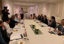 Chief-Minister-Kamalnath-Met-Industrialist-in-Mumbai