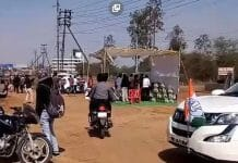 beer-distributed-to-the-people-who-came-to-Rahul-gandhi-rally-in-bhopal