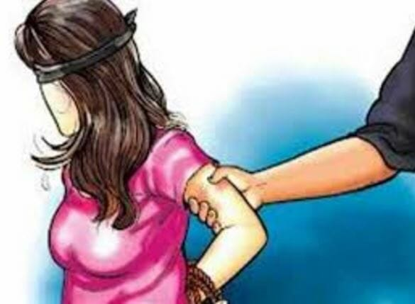 Stopping-the-way-and-proposed-to-girl-threatening-to-kill-after-being-refused