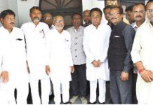 -Second-consecutive-blow-to-the-BSP-khajuraho-these-leaders-also-join-congress-