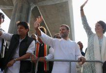 road-show-in-lucknow-priyanka-gandhi-rahul-and-jyotiraditya-scindia-on-luck-bus