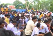police-lathi-charge-on-outsource-bijli-worker
