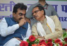 BJP-divide-in-'Power-centers'-veterans-show-power-through-movements