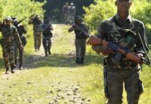 -Alert-in-madhya-pradesh-after-Naxalite-attack-in-Chhattisgarh