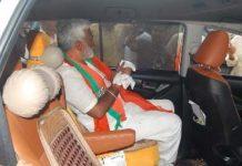 a-uttar-pradesh-bjp-president-swatantra-dev-singh-right-hand-little-finger-injury