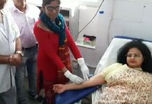 collector-reached-hospital-for-donation-blood-after-seen-whatsapp-message-