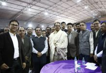 shivraj-singh-hold-farewell-party-at-cm-residence-for-his-personnel-staff