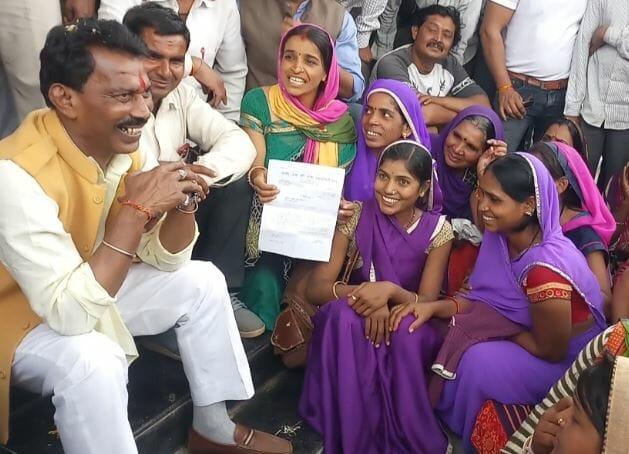 usha-worker-meet-health-minister-demand-for-permanenr-job