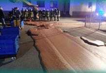 chocolate-river-flows-on-road-after-melted-chocolate-leak-from-factory-what-happened-next-read