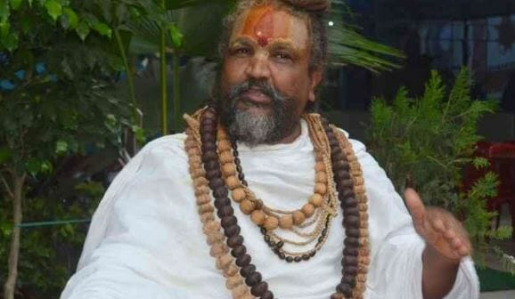 Computer-Baba's-warning-will-not-run-liquor-shops-on-side-of-narmada-river-
