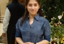 jabalpur-girl-Aditi-wants-to-become-a-doctor-like-a-mother