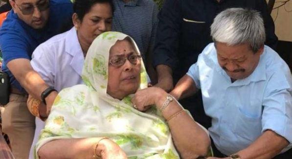 congress-leader-ajay-singh-mother-death-in-delhi-