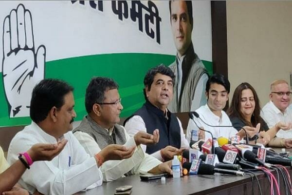 congress-leaders-promised-loan-waiver-for-farmers-if-they-come-in-power