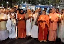 Computer-Baba-homage-to-the-martyr-jawans-in-indore-rajwada