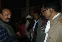 congress-chattarpur-rajnagr-vidhayak-shout-in-mandi-on-worker