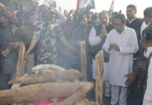 cm-attend-funeral-of-martyr-reach-late-at-ceremony-