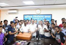 police-return-stolen-mobiles-in-jabalpur