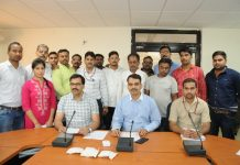 Three-smugglers-arrested-with-smack-of-30-lakhs