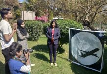-Sarika-Gharu-science-specialist-told-student-about-super-moon