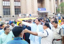 traffic-jam-in-bade-for-wrong-planing-of-administration-mla-angry-