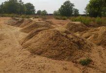 admin-take-action-against-illegal-sand-mafia-in-katni