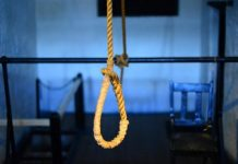 Husband-hanging-after-wife-and-child's-murder-in-chhindwara-