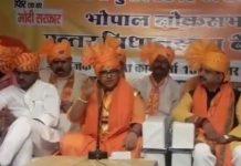 Sadhvi-Pragya-has-given-controversial-statement-on-Hemant-karkare
