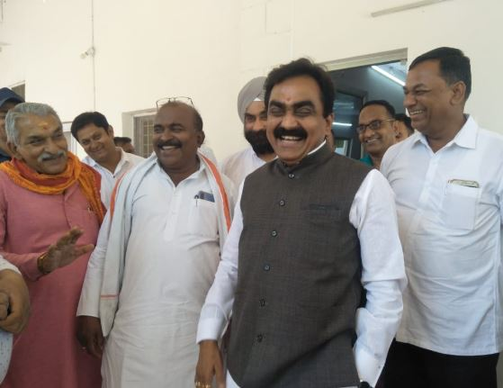 mp-bjp-state-president-claim-to-win-seat-300