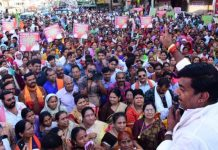 rameshwar-sharma-protest-against-government-