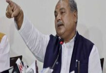 minister-tomar-claim-of-congress-mla-in-touch-with-bjp
